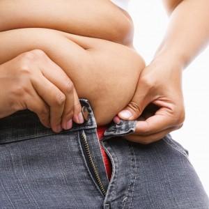 При пиквикском синдроме характерны отложения жира на животе