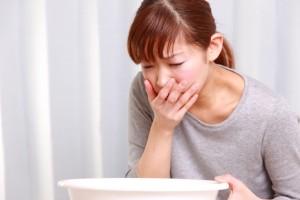 Отрыжка едой во время сна - симптом апноэ