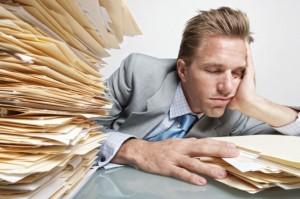 Со временем развивается психологический дистресс - усталость, нервозность.
