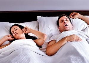Ночной зрап может быть одним из признаков обструктивного апноэ сна