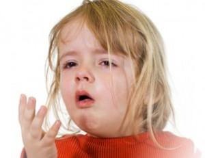 Насморк и воспаление носоглотки могут быть причинами детского храпа