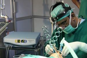 Хирургическое (оперативное) лечение храпа проводится по строгим показаниям