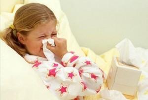 Простуда или тонзилит могут быть причиной храпа у ребенка