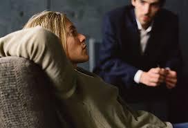 Сегодня лечение посттравматического стресса проводится используя методы психотерапии.