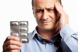 Большинство людей, испытывающих головную боль, ищут не решение проблемы, а лишь временное облегчение.