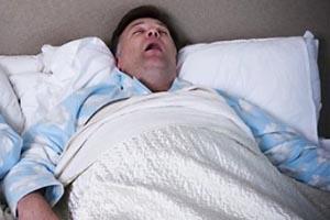 Одной из причин возникновения инсульта является нарушение сна.