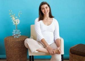 Отеки при беременности это важный повод быстро обратиться к врачу.