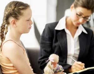 Диагноз энуреза ставится ребенку только в том случае, если он мочится в постель после достижения 4-5 летнего возраста.