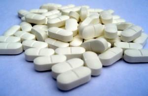 Принимайте только те лекарства, которые были предписаны врачом.