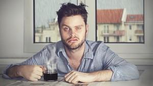 Сложности с пробуждением – это очень частый признак нарушений сна.