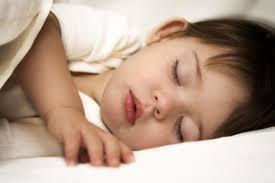 принципы формирования дневного сна ребенка