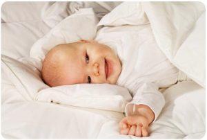 Уложить ребенка спать без плача